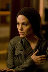 Angelina-Jolie-Salt-photo-knit-hat
