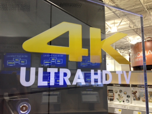 4k-ultra-hd-logo-on-glass