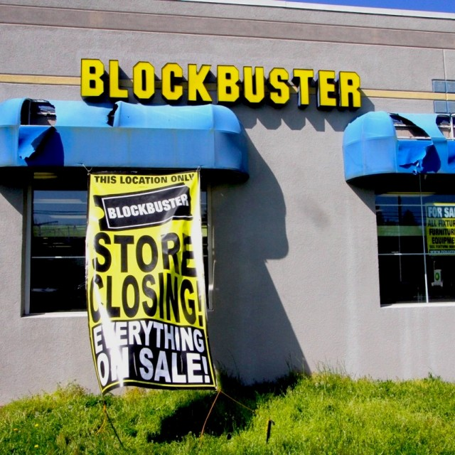 blockbuster04271101pop