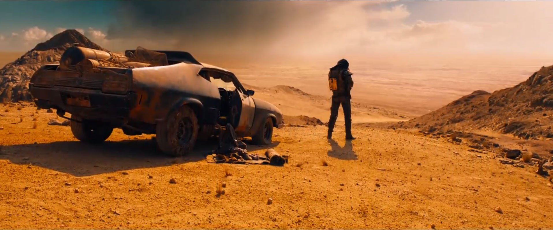 mad-max-fury-road-tom-hardy-trailer-still1