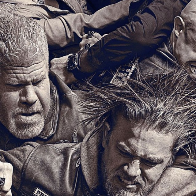 Sons-of-Anarchy-Season-6-DVD-crop