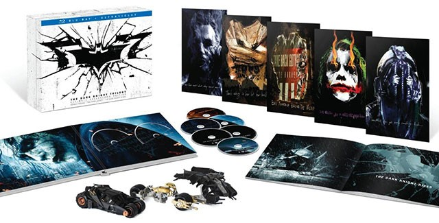 The-Dark-Knight-Trilogy-Ultimate-Collectors-Edition-Open-768