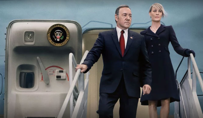 netflix-house-of-cards-season-3-plane2