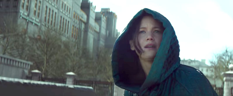 The-Hunger-Games-Mockingjay---Part-2-trailer-still-Jennifer-Lawrence-Katniss