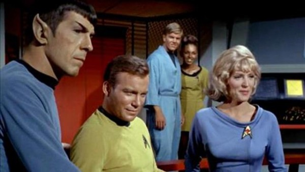 Star_Trek_Original_Series_Cast_CBS_640x360