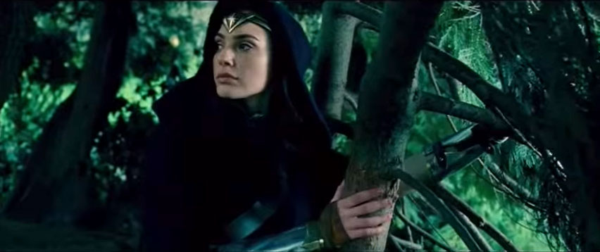 Wonder-Woman-Gal-Gadot-clip-still1
