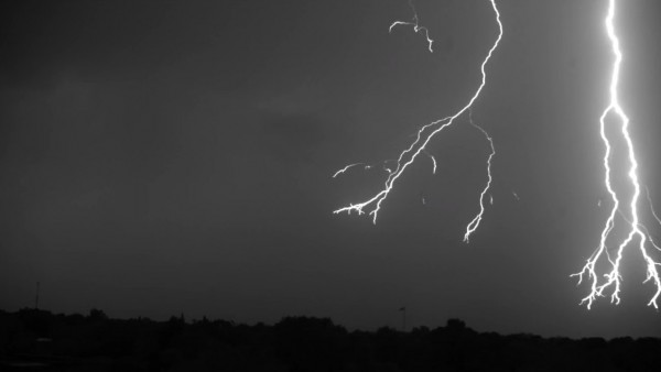 lightning-7000fps-youtube