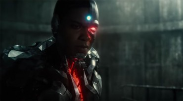 DC Uploads 'Justice League' Special Footage From Comic-Con