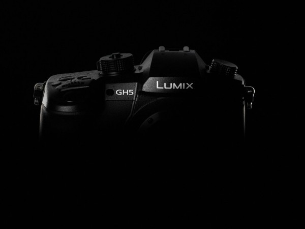 Hands On with the Panasonic GH5, G80, LX15 and FZ2000