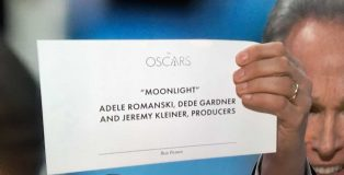 moonlight-oscar-card-1280px