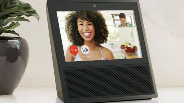 Amazon-Echo-Show-call-sara-960px.jpg