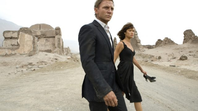 Daniel-Craig-and-Olga-Kurylenko-in-Quantum-of-Solace-2008.jpg