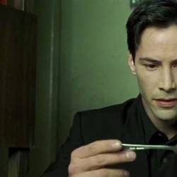Keanu-Reeves-spoon-in-The-Matrix-1999.jpg
