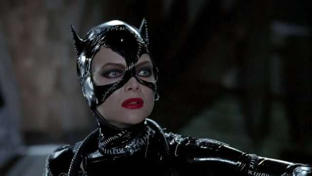 Michelle-Pfeiffer-Catwoman-in-Batman-Returns-1992.jpg