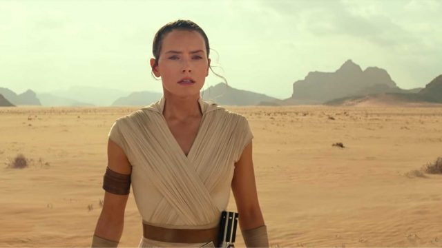 Star-Wars-The-Rise-of-Skywalker-Ren-Daisy-Ridley-teaser-still1-1920px.jpg