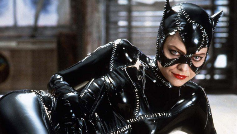 batman_returns_1992_michelle_pfeiffer_catwoman.jpg