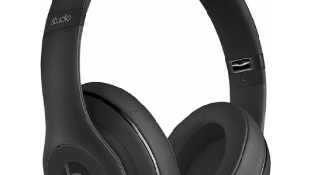 beats-dr-dre-studio-over-ear-wireless.jpg