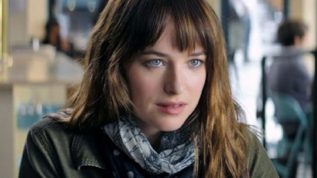 fifty-shades-of-grey-dakota-johnson-still1.jpg