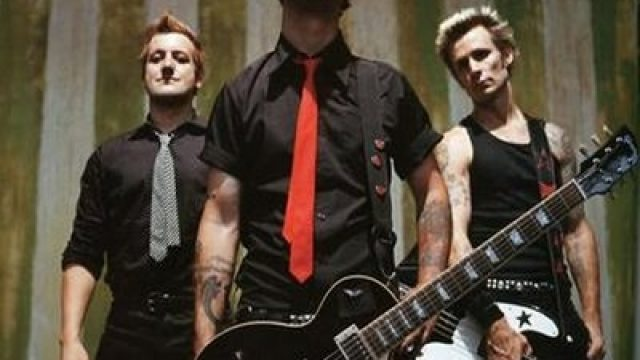 green-day-21st-century-breakdown-band.jpg