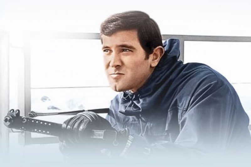 on-her-majesties-itunes-george-lazenby.jpg